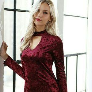 Boutique Burgundy Plush Velvet Keyhole Dress